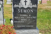 Gem Mist Granite single grave design
