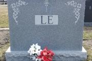 Classic Monument Designs - 4 grave lot
