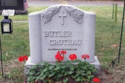 Raised lilies monument, waterside cemetery
