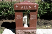 Single grave Catholic design