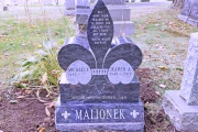 Fleur de-lis design - custom monument designs